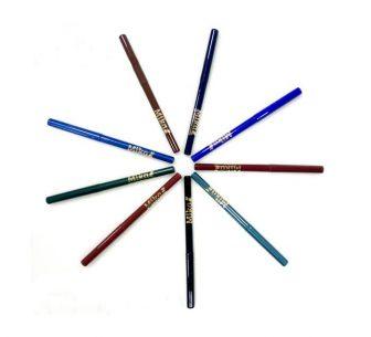 עפרונות לעיניים ושפתיים